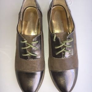 Seychelle Womens oxford lace up shoe sz 6.5